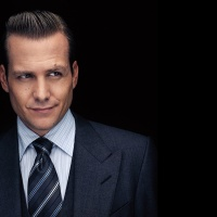 INTERVIEW: GABRIEL 'HARVEY SPECTOR' MACHT #PROFILE #SUITS